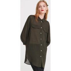 90e7b813977165 ... Kolekcja lato 2019. Długa koszula z wiskozy - Khaki. Brązowe koszule  damskie Reserved, bez wzorów, z