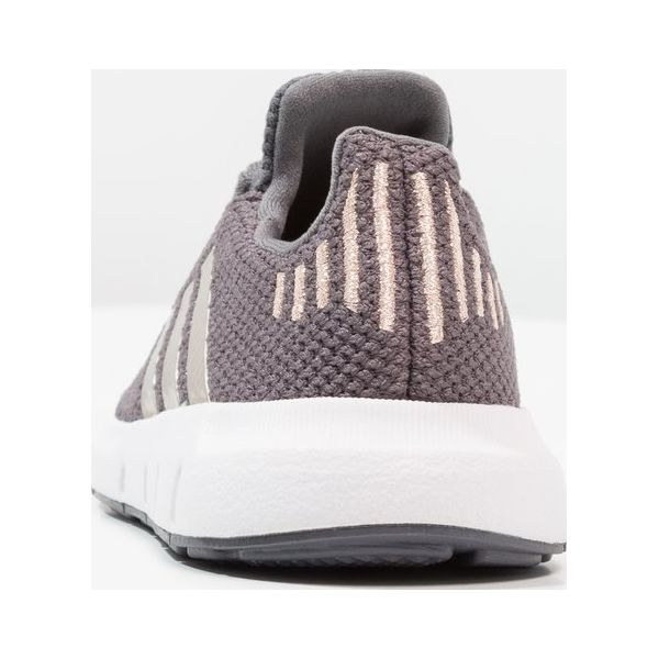 f9679b322b695 adidas Originals SWIFT RUN Tenisówki i Trampki grey five copper ...