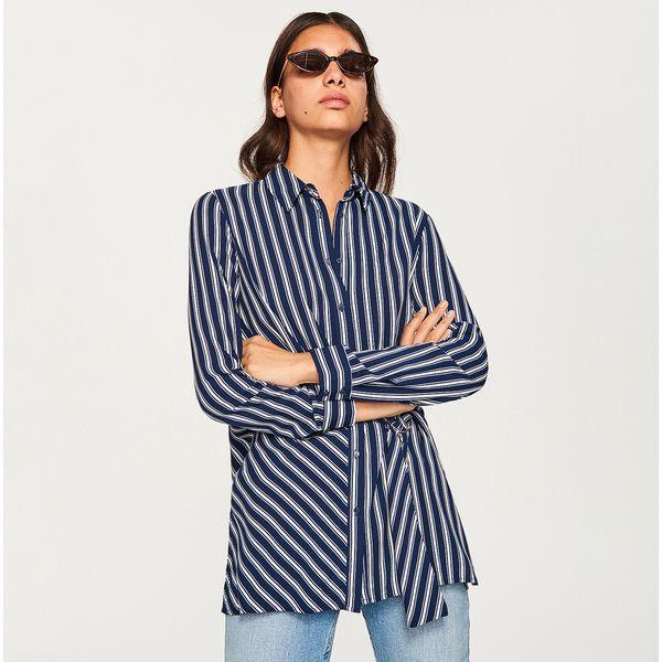 13640e9fd254ea Koszula w paski - Granatowy - Niebieskie koszule damskie marki ...