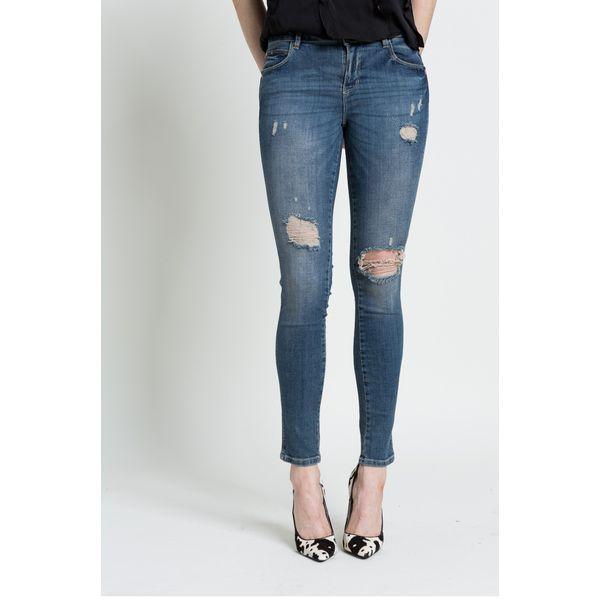 56cd9eaa64856 Guess Jeans - Jeansy - Niebieskie jeansy damskie marki Guess Jeans ...