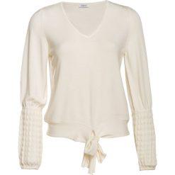 99abae1cba858c Klasyczne bluzki koszulowe damskie - Bluzki damskie - Kolekcja lato ...