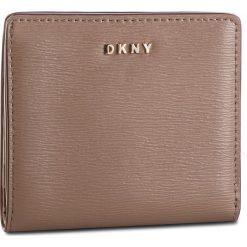 02cd741223870 Mały Portfel Damski DKNY - Bryant Bifold Wallet R83Z3657 Desert DES.  Portfele damskie marki DKNY