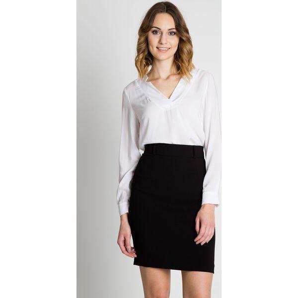 W superbly Czarna ołówkowa spódnica BIALCON - Czarne spódnice damskie marki PT05
