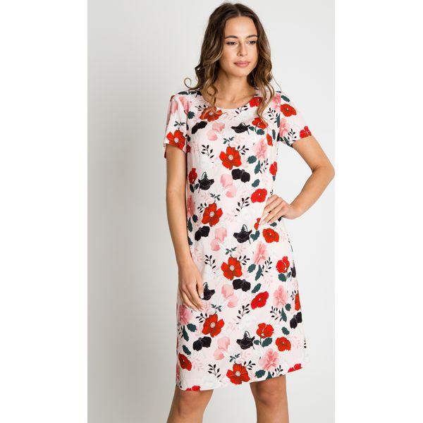 Znalezione obrazy dla zapytania kobieta prosta sukienka kwiaty