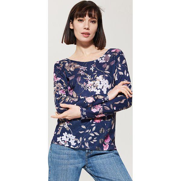 ca5dd73342b0 Sweter w kwiaty - Granatowy - Niebieskie swetry klasyczne damskie ...
