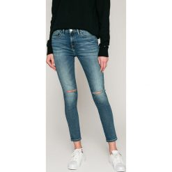 d2ca2588c63cb Tommy Hilfiger - Jeansy Como. Niebieskie jeansy damskie marki Tommy Hilfiger,  z bawełny.