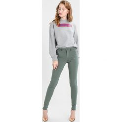 7eb01b7bce Swetry damskie marki NA-KD - Kolekcja wiosna 2019 - Butik - Modne ...