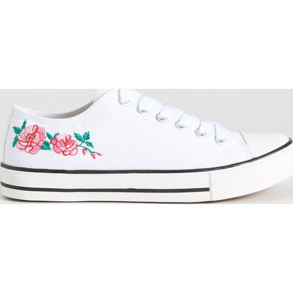 81bce98eca30a Kolekcja ze sklepu Sinsay - Kolekcja 2019 - - Butik - Modne ubrania, buty,  dodatki dla kobiet i dzieci