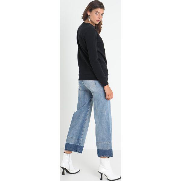 a1a6814fa8636 Calvin Klein Jeans CORE MONOGRAM LOGO Bluza black - Bluzy damskie ...