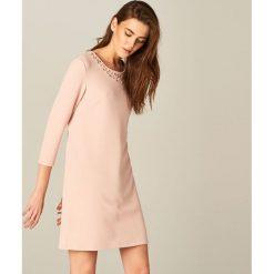 f5be4729d8ba0 Różowa odzież damska ze sklepu Mohito - Kolekcja lato 2019 - Butik ...