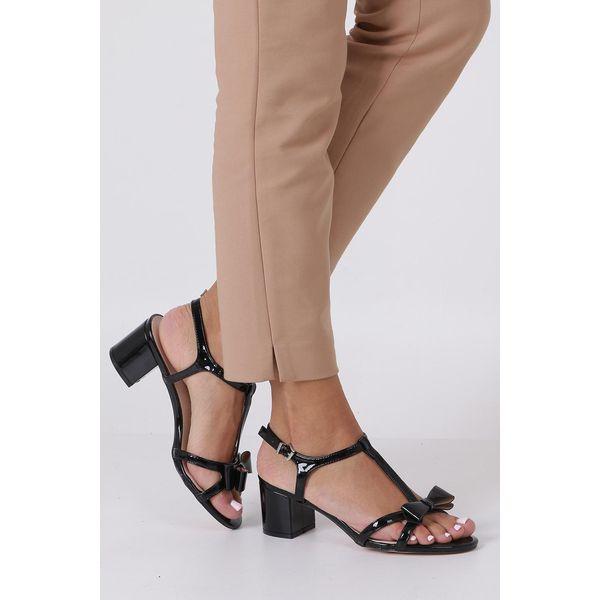 8dd0ae44f4556a Sandały damskie - Kolekcja lato 2019 - Butik - Modne ubrania, buty, dodatki  dla kobiet i dzieci