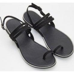 Sandały chłopięce ze sklepu Reserved - Kolekcja zima 2019 - Butik ... 326db37a63