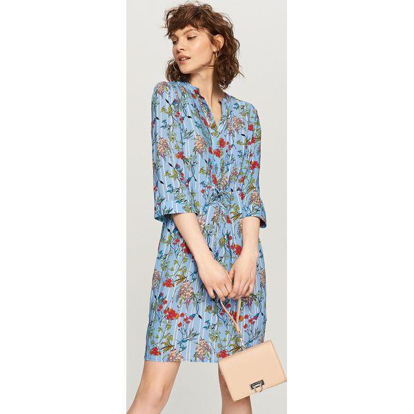 da596e0e53 Sukienka w kwiaty - Niebieski - Sukienki damskie marki Reserved. W ...