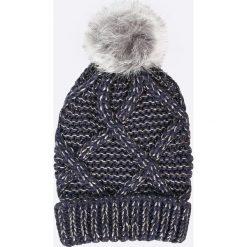 ee9ff306df9 Szare czapki damskie w wyprzedaży - Kolekcja zima 2019 - Butik ...