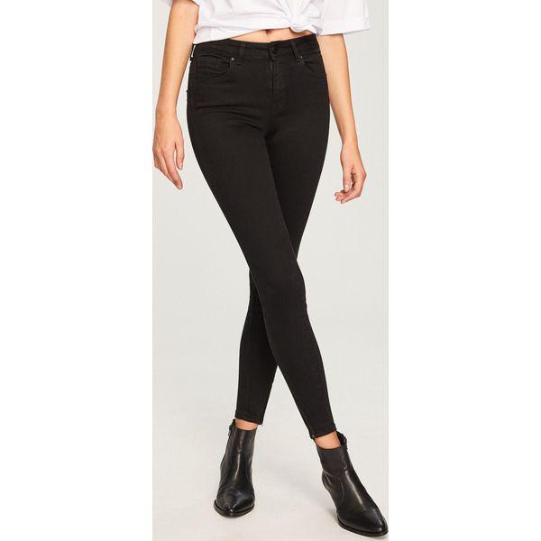 5029aa10f7e8 Jeansy push up - Czarny - Czarne jeansy damskie marki Reserved. Za ...