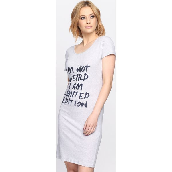 a29d2e901a9569 Szara Sukienka I'm Not Weird - Szare sukienki damskie marki Born2be ...