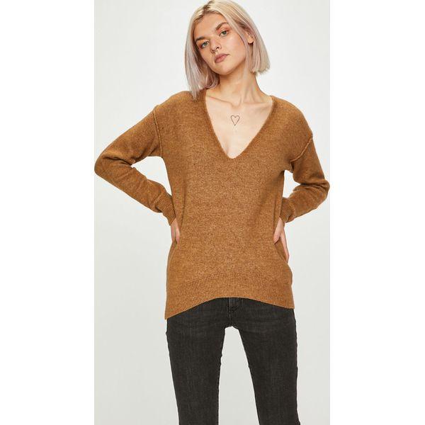 de958d66f90cc Guess Jeans - Sweter - Swetry klasyczne damskie marki Guess Jeans. W ...