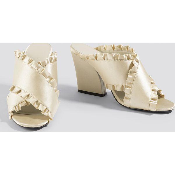 e2c1d2df06cda NA-KD Shoes Klapki mule z falbanką - Beige,Nude - Brązowe klapki ...