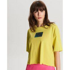 b01cfcef6aeb66 Wyprzedaż - zielona odzież damska ze sklepu Cropp - Kolekcja lato ...