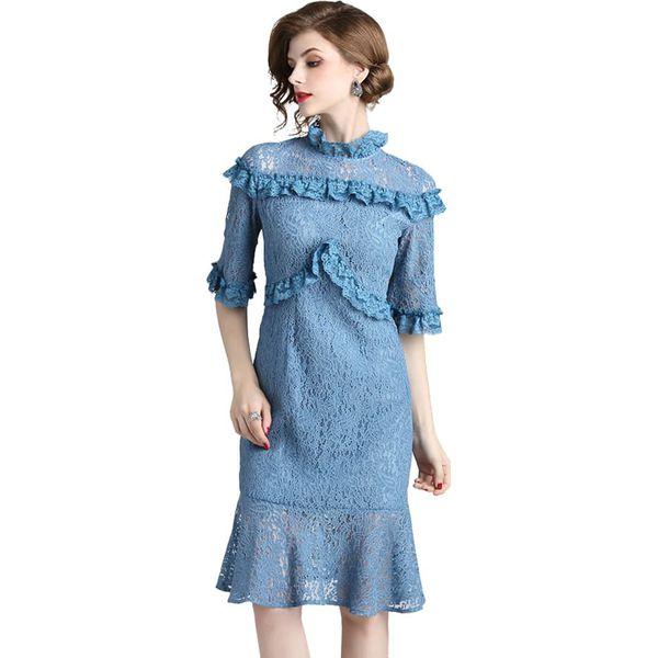 b4b7e4b04e Sukienka w kolorze niebieskim - Niebieskie sukienki damskie marki ...