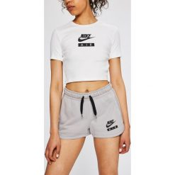 58d2b47b5c520d Wyprzedaż - spodenki sportowe damskie Nike Sportswear - Kolekcja ...