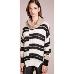 cfff30463e Swetry klasyczne damskie - Kolekcja wiosna 2019 - Butik - Modne ...