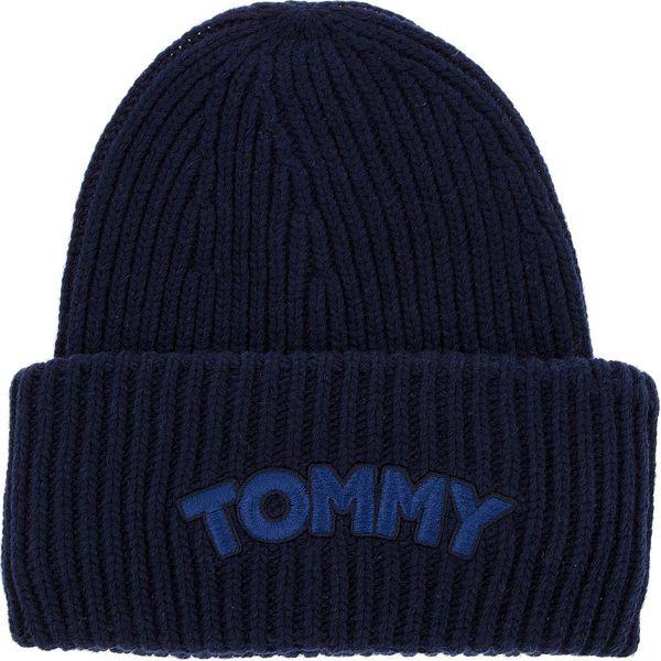 ff09f1beb7333 Czapka TOMMY HILFIGER - Logo Patch Beanie AW0AW05942 413 - Czapki damskie  marki Tommy Hilfiger. W wyprzedaży za 139.00 zł. - Czapki damskie - Czapki  i ...