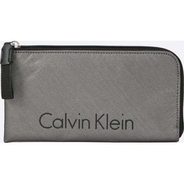 a0f55f07f1697 Calvin Klein Jeans - Portfel City Nylon Pouch - Modne Polki.pl