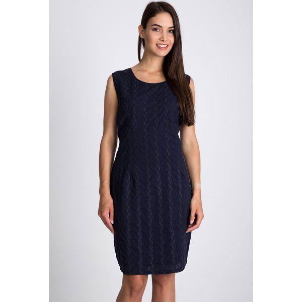 0e54ab9bf41ae Granatowa sukienka z haftem QUIOSQUE - Sukienki damskie marki ...
