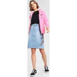 bfbe003394 Bluzy damskie marki Superdry - Kolekcja wiosna 2019 - Butik - Modne ...