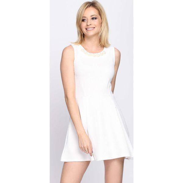 f2c4dbd32c Biała Sukienka Contradiction - Białe sukienki damskie marki Born2be ...