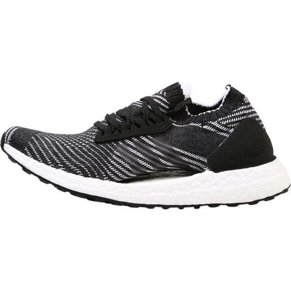 adidas Performance ULTRA BOOST X Obuwie do biegania treningowe core blackgrey heatherwhite