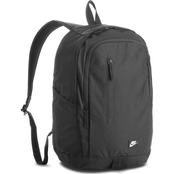 bd2c4f5ab0e11 Plecak NIKE - BA4857 001 - Czarne plecaki marki Nike, z materiału. Za  109.00 zł. - Plecaki - Torby i plecaki damskie - Akcesoria damskie - Butik  - Modne ...