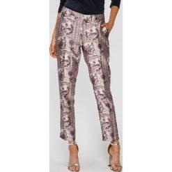 b90a7dbacf328 Scotch   Soda - Spodnie. Spodnie materiałowe damskie marki Scotch   Soda. W  wyprzedaży