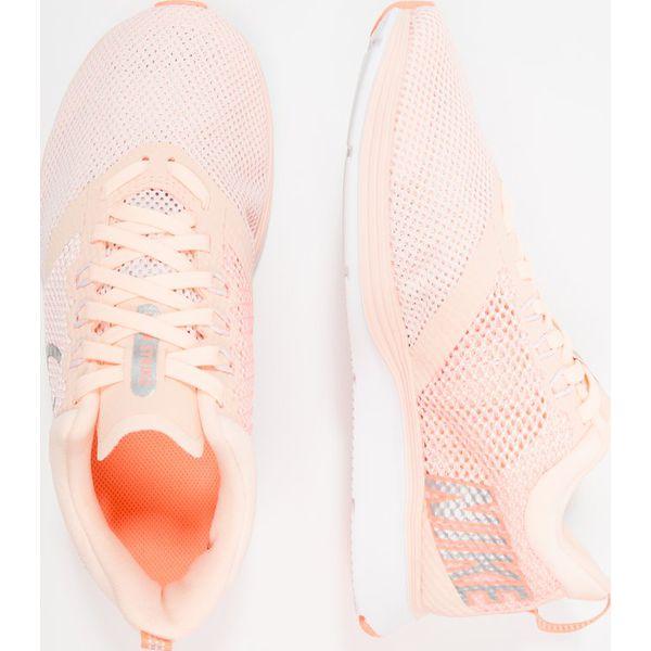 online store b894f a313b Nike Performance ZOOM STRIKE Obuwie do biegania treningowe crimson ...