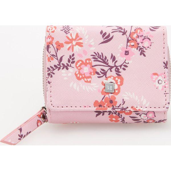 25941f259fdf2 Mały portfel - Różowy - Czerwone portfele damskie marki Reserved. W ...