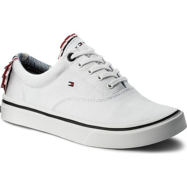 f8d79978fd82c Tenisówki TOMMY HILFIGER - Textile Light Weight Sneaker FW0FW02809 White  100 - Białe trampki damskie marki Tommy Hilfiger, z gumy. Za 299.00 zł.