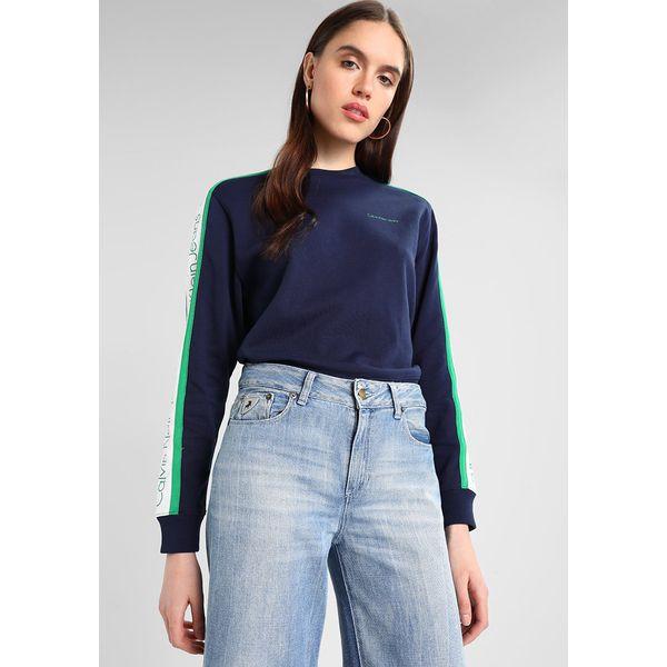 f480d3e1cde0d Calvin Klein Jeans SIDE STRIPE Bluza peacoat - Niebieskie bluzy ...