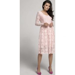 32861eb8c6 Jasnoróżowa Wizytowa Rozkloszowana Sukienka z Koronki. Sukienki damskie  marki Molly.pl. Za 149.90