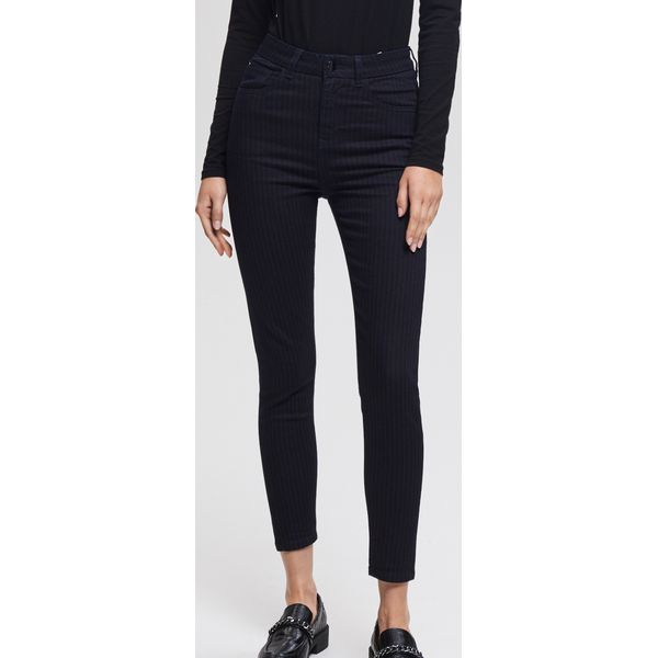 638cb48a682052 Prążkowane jeansy z wysokim stanem slim fit - Granatowy - Jeansy ...
