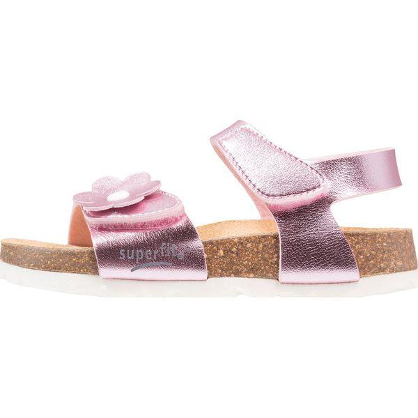 Superfit FUSSBETTPANTOFFEL Sandały rosa - Sandały chłopięce marki ... 1f6d30f07d