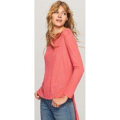 6b719a0ceb Sweter o asymetrycznej długości - Różowy. Czerwone swetry klasyczne damskie  marki Reserved