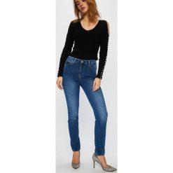 3d746e389008b Odzież damska marki Guess Jeans - Kolekcja lato 2019 - Butik - Modne ...