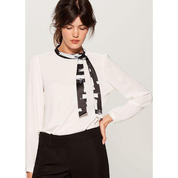 Koszula z wiązaniem na dekolcie - Kremowy - Koszule damskie marki ... 7c5e2b7422