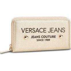 f49e19c7242ed Duży Portfel Damski VERSACE JEANS - E3VTBPD3 71089 901. Portfele damskie  marki Versace Jeans.