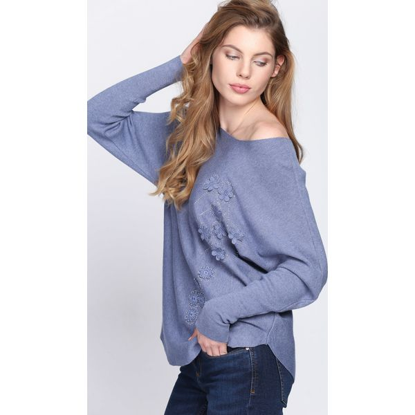 f0fefe25daa8 Niebieski Sweter Last Nite - Niebieskie swetry klasyczne damskie ...