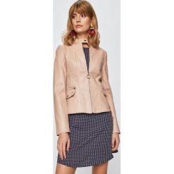 df537063fbd5f Wyprzedaż - odzież wierzchnia damska marki Guess Jeans - Kolekcja ...