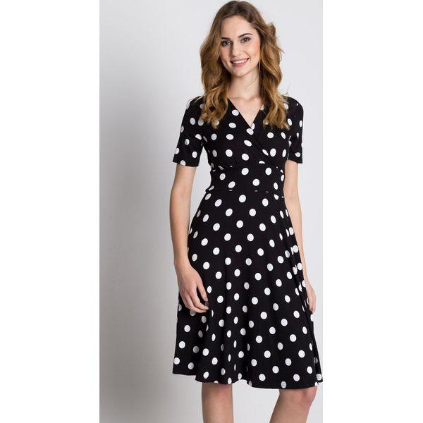 cae0822236 Dzianinowa sukienka z wstawką w talii i krótkim rękawem BIALCON ...