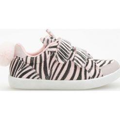 8bc8b376e9269 Sneakersy zapinane na rzepy - Kremowy. Białe buty sportowe dziewczęce marki  Reserved, ...