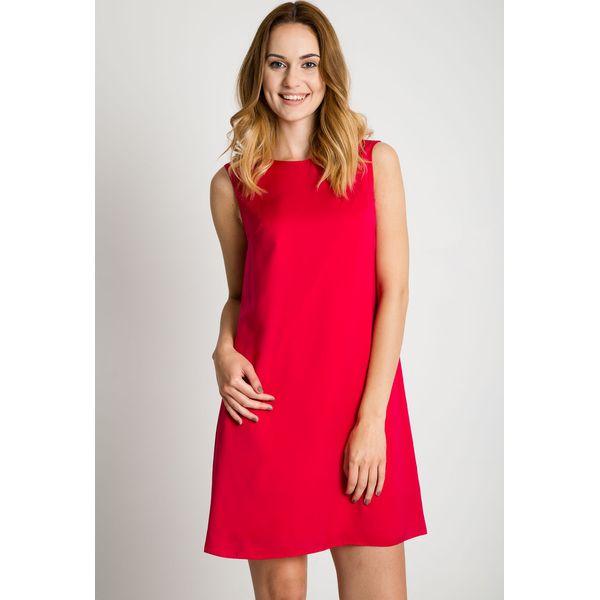 5f23f8c44f Klasyczna fuksjowa sukienka bez rękawów BIALCON - Sukienki damskie ...